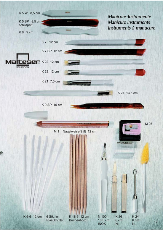 Katalogseite 17 mit Abbildungen von Maniküre Instrumente / Manicure Instruments / Instruments à manucure