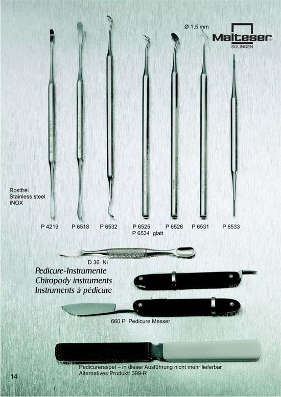 Katalogseite 14 mit Abbildungen von Pediküre Instrumente / Chiropody instruments / Instruments à pédicure