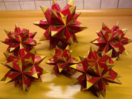 rot - goldene - Bascetta - Sterne