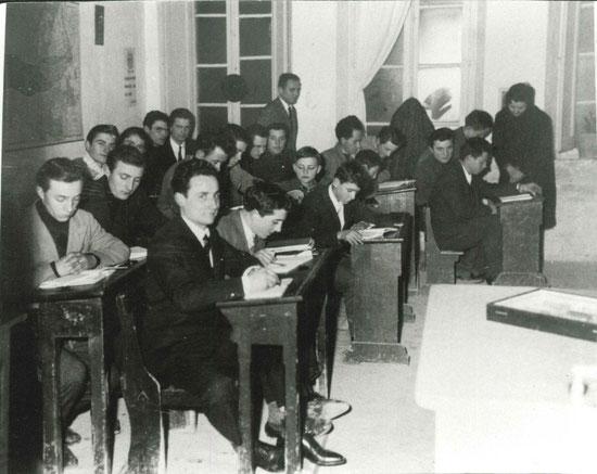 Partecipanti ai corsi serali di agricoltura delle scuole Faina (scuola di Ripa, anno 1955 circa).
