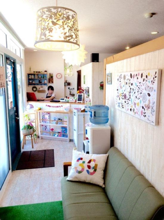 越谷 カフェをイメージ 39Raku Raku 店内 お店の雰囲気