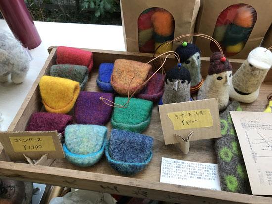 やおきさんマルシェ モノづくり広場 ~陶器からフエルトまで~ 羊毛と古道具の店 ソウイさん