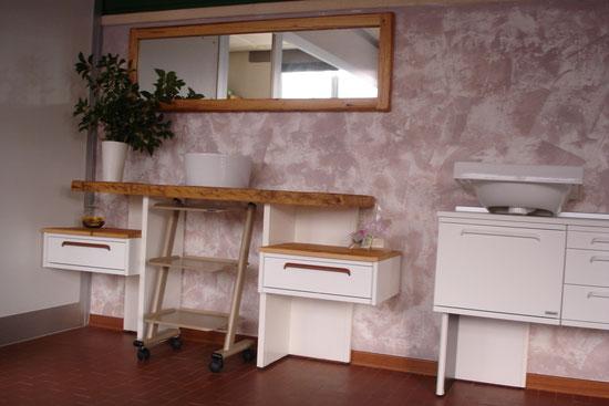 Usato garantito second hand mobili per dentisti for Mobili per studio medico