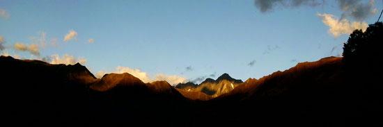 Le Mont Valier au lever du soleil