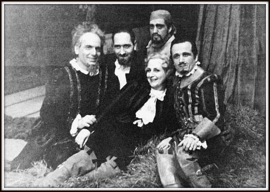 Sparafucile - RIGOLETTO - con da sinistra: Gino Bechi (Rigoletto) Pino Donati (Direttore), Bastianini, Dina Mannucci-Contini (Gilda), Piero Sardelli (Il Duca)  -  Il Cairo Teatro Reale gennaio 1947