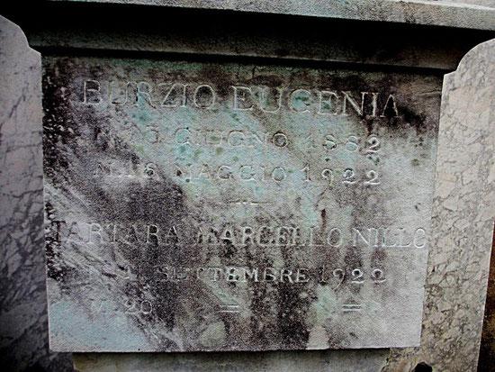 Fotografia della pietra tombale di EUGENIA BURZIO (per gentile concessione del Signor Michael Hardy)