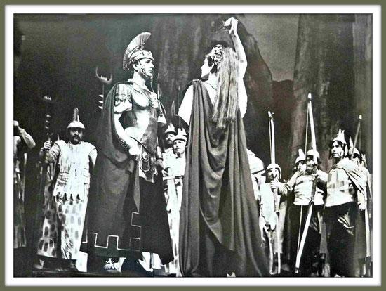 Pollione - NORMA - di V. Bellini - con M. Callas - (Roma 1958) - Prova generale                                                  (La rappresentazione fu sospensa dopo il primo quadro del primo atto