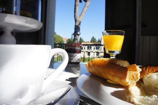 Breakfast overlooks the chateau