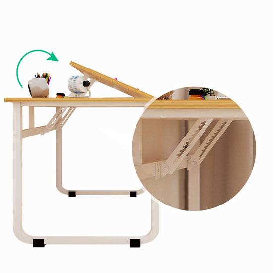 傾斜する作業台、安定した脚が大切であることを示す写真
