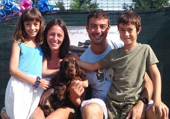 Topazio Dellyllè e la sua famiglia