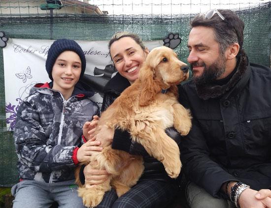 Uragano Dellyllè con una parte della sua nuova famiglia