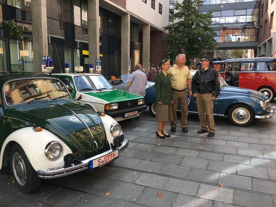 Polizei-Oldtimer VW Käfer Jetta Polizeimuseum Stuttgart Oldtimerveranstaltung historische Uniformen