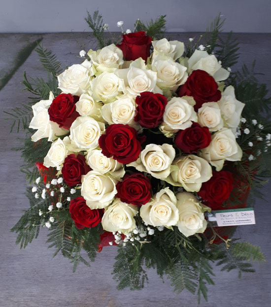 roses rouge, roses blanche, Sain valentin 2020,bouquet rond
