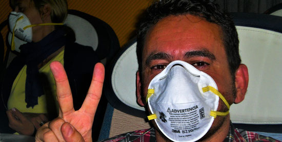 lange Flugreisen Tipps : Gesichtsmaske