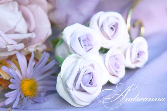 Роза на шпильке, украшение для волос (такая розочка никогда не увянет). Цветы ручной работы, в любом цвете стоимость от 50 грн (цена за размер 5-7см). (Желаемый цвет указывайте при регистрации заказа).