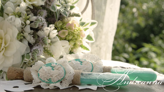 Мыльные пузыри, для фотосессии, винтажная камея, в любом цвете, с любым декором. Стоимость 100грн/пара. 13 долларов.