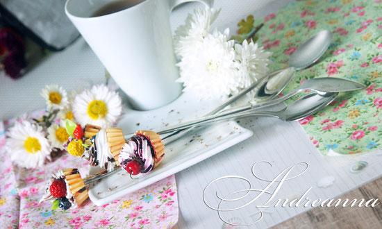 Чайная ложечка с десертом (десерт на Ваш выбор) стоимость 350грн/шт.