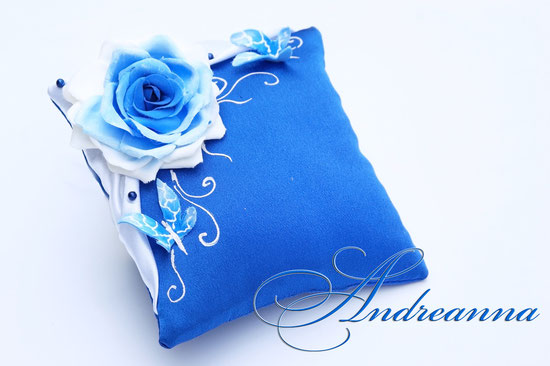 Подушечка для колец «Синяя роза Butterflies»,стоимость 450грн