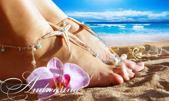 Украшение для ножек невесты, для пляжной церемонии или Love story (возможно изготовление в любом цвете, с желаемыми элементами декора. Стоимость 400грн. 51$