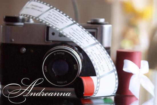 Пригласительные для ресторана «Smacotella»   В стиле «старой» катушки фотопленки.  Полностью ручная работа, функциональна с выдвижной «пленкой»-текстом пригласительной.  Упаковка-тубус, или любой другой вариант стоимость от 60грн/шт.