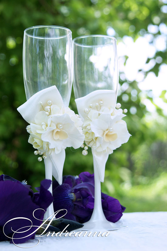 Свадебные бокалы «Цветочный бант» (роза, орхидея, гортензия) выполнение в любом цветовом решение, стоимость пары 800грн