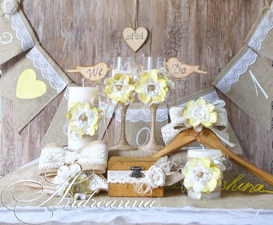 Набор аксессуаров для свадьбы в рустикальном стиле, с мешковиной, хлопковыми кружевами, деревянными нотками, выжиганием и др. натуральными элементами декора.