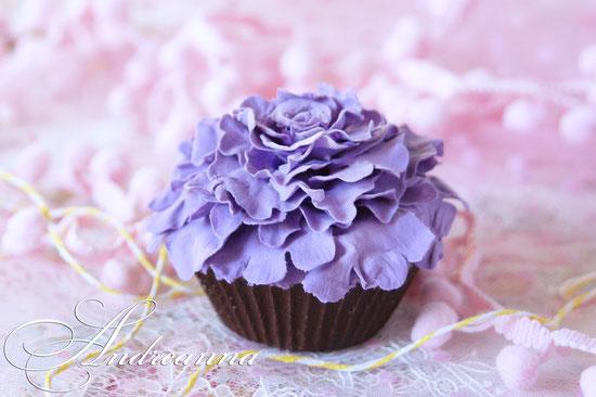 Бутафория кап-кэйк цветок (цвет, дизайн, декор на выбор). в натур. величину, стоимость 365грн