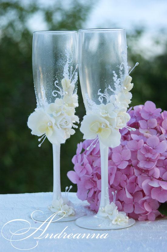 Свадебные бокалы «Мираж» (роза, орхидея, гортензия) выполнение в любом цветовом решение, стоимость пары 800грн