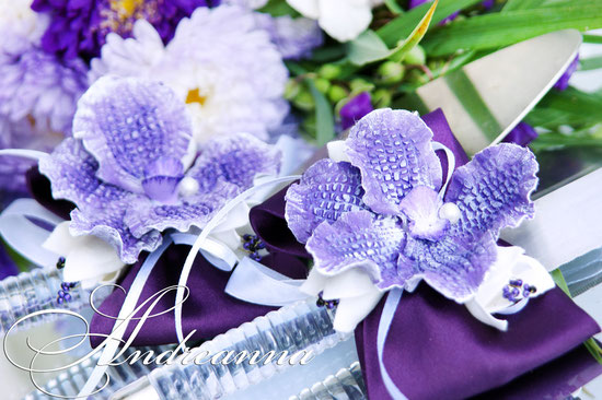 Украшение для лопатки и ножа «Сиреневая орхидея Ванды» цветы ручной работы (лепка), в любом цвете. Стоимость 200грн