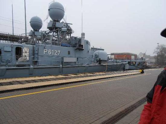 """Die Boote """"S74 Nerz"""" und """"S77 Dachs"""" an der Arsenalpier - Foto: K. Heidemann"""