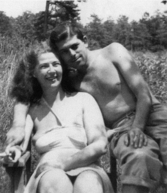 June 1949 : Kim & Manuel Grajera on holidays at the Ross property in New Jersey. Photo courtesy of Ann Ross &  Glow Int.