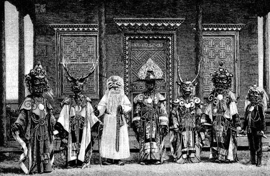 141. La danse Tsam. Albert Grünwedel (1856-1935) : Mythologie du bouddhisme au Tibet et en Mongolie. — Éditions Ernest Leroux, Paris, 1900. 188 illustrations.