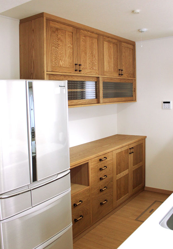 実用性ばっちり、使いやすいキッチン壁面収納(鎌倉市・M様邸)完成