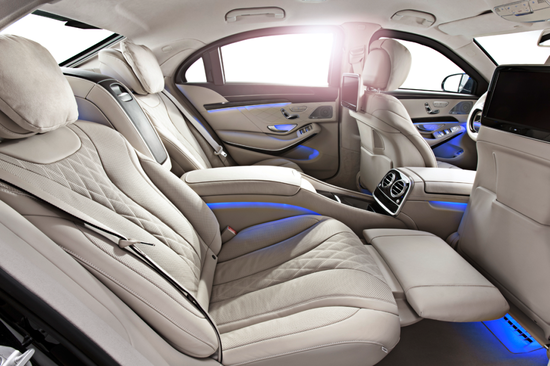 Mercedes S-Class Coupe後部座席