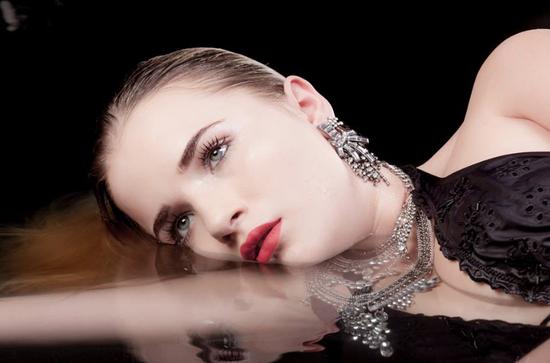 Haare & Make-up / Schülerin: Lena B. Produktion: bloos Make-up & Hair Academy Foto: Markus Thiel