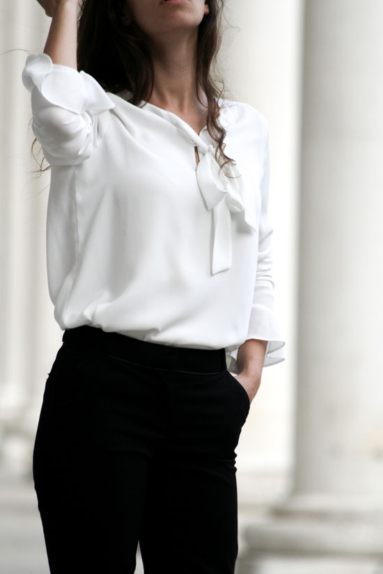 Black and White Outfit, Carmen Schubert