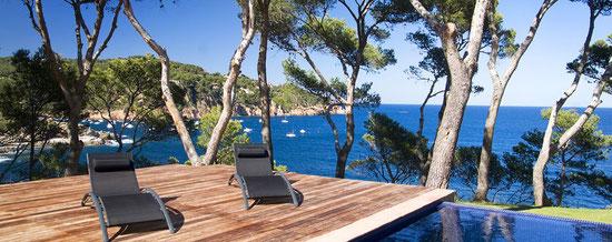 Location villa Costa Brava en bord de mer. Belles villas avec piscine privée et vue sur la mer à louer pour les vacances en Costa Brava
