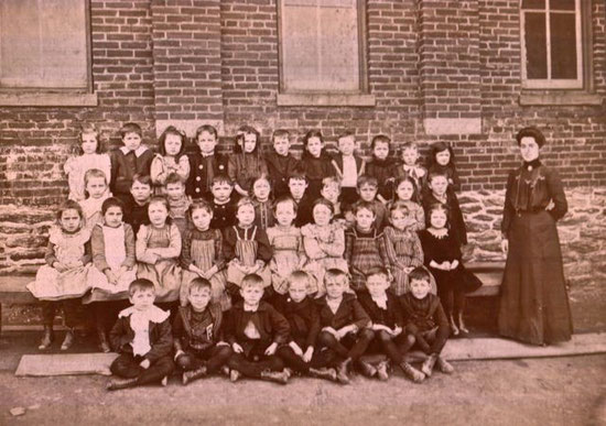 Red Lion 1st grade class of 1901