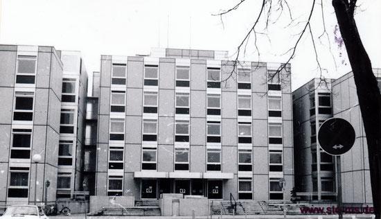 Der Neubau - Die Fassade wurde inzwischen neu gestaltet.