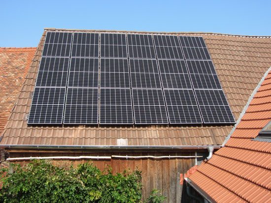 Grid-connected solar system, self-consumption (5,7 kWp)