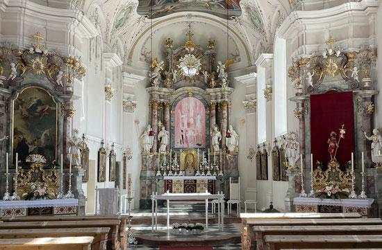 Österliches Hochaltarbild von Michael Hedwig, Pfarrkirche Vill/Tirol, Foto: Regina Rüscher-Christler, 05.04.2021