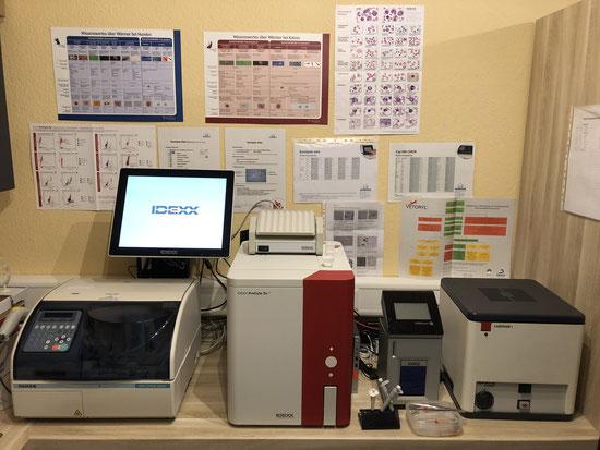 Fuji DRI-CHEM 4000i, eurolyser solo, Mikroskop, Zentrifuge