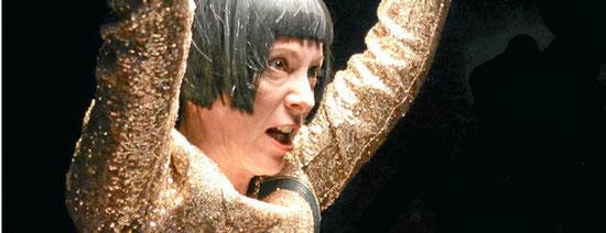 """Schauspielerin Ella Gaiser ist in """"Die Gerechten"""" als Dora zu erleben. Foto: Jördis Bachmann"""