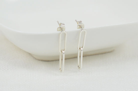 boucles d'oreilles chainettes en argent / Sterling silver earrings with chain
