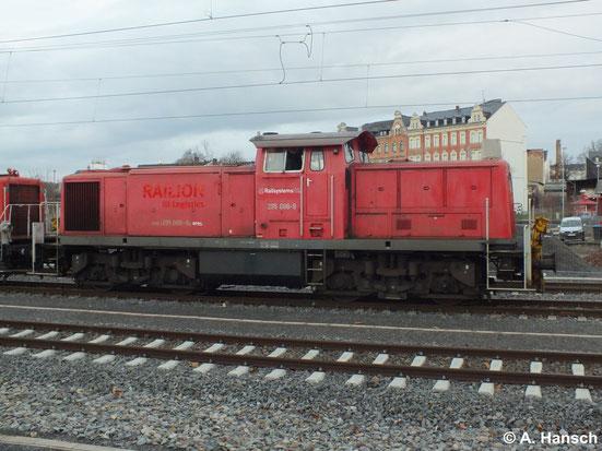 Am 17. Januar 2014 überführt 295 088-9 drei Loks der BR V60 West und einen ex-DR-Personenwagen. Die Lok kam mit zwei V60 aus Richtung Freiberg und holte eine weitere V60 aus dem AW-Bereich in Chemnitz. Weiter ging es Richtung Zwickau