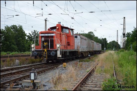 362 362-6 zieht am 26. Juni 2017 einen kurzen Güterzug durch Leipzig-Wiederitzsch