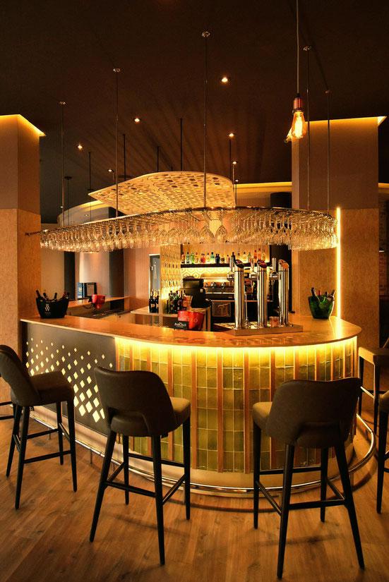 barras de bar BARRA DE SILESTONE PANEL COMPOSITE CERAMICA Y MADERA