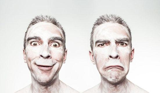 Online Dating Profilbilder: Versuche nicht zu lächeln