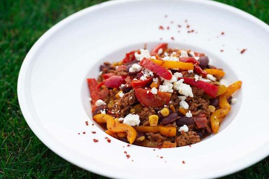 Knackiger Bauernsalat auf griechische Art | fruchtig, low carb & vegetarisch