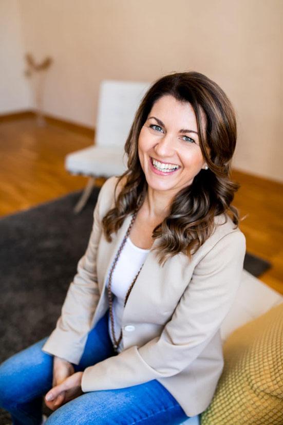 Andrea Kasten - Inhaberin, Co-Trainerin der wingwave®-Ausbildung, Akademie-Leitung, Coach und Trainerin